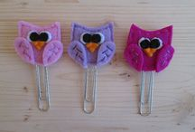 Planner clips set / Visit my Etsy shop: www.etsy.com/it/shop/TinyFeltHeart Colorful and cute,  these planner clips are puffy and sturdy.  They can be a lovely gift idea for readers, students and teachers of all ages. A perfect gift for planner addicts! They're handmade creations. I don't use glue, I sew every  detail.