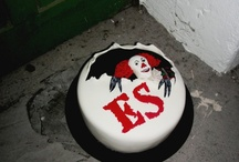 Halloween Treats / Spooky sweat Treats for Halloween Season - fondant cakes, cupcakes, cake pops and desserts