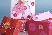 Gift Ideas & Gift Wrapping Ideas / by Leigh Giddings