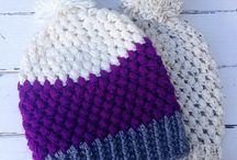 Mütze weiß lila blau