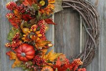 Wreaths for All Seasons / Beautiful greetings for the front porch, mailbox, interior of house and entry to the farm or front gate!