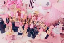 It's a sugar Barbie world!