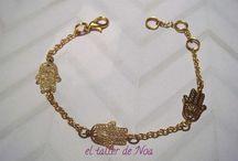 Pulseras doradas Col. Delicatesse Doré / Pulseras con pequeños detalles y cadena forman la nueva colección de pulseras: Delicatesse Dorét, una dorada delicadeza.
