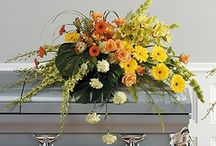 Yellow Funeral Inspiration / Here are a few yellow-colored funeral stationery themes and floral arrangements to give you inspiration.