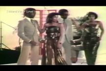 Songs we love - Funky Friday / Hits and obscure funk, disco and r&b songs of the 60's 70's and 80's featured on Funky Friday