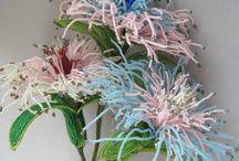 Цветы, деревья из бисера / Бисер
