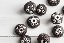Halloween Recipes / Halloween recipe inspiration including spooky treats perfect for a halloween party and plenty of ideas for using up leftover pumpkin.