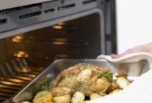 De Paște suntem toți acasă / Cuptoare calde, pitici curioși, culori de primăvară / by IKEA Romania