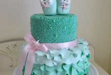Tortas;pasteles;galletas y cupcakes / by keyla barboza
