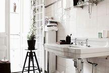 Déco Salle de bain / Décoration intérieure avec des visuels de salles de bain aménagées / by Hello Kim
