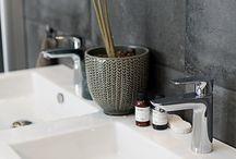 Detaljbilder Macro Design Badrumsmöbler / Detaljerna gör skillnaden! Våra badrumsmöbler har smarta detaljer och funktioner som gör vardagen lättare för dig.