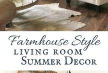 Farmhouse Living Rooms