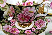 ROYAL ALBERT PORCELAIN