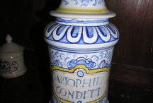 Addicted to Antiques....