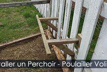 Perchoir pour Poulailler et Volière - Accessoires pour Poulailler / Construire un perchoir en bois pour volière extérieure ou poulailler. Instructions de fabrication et illustrations.