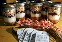 Gifts in a Jar / Beautiful DIY hand made gifts.