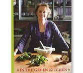 Food: Recipe Book Wish List / by Vinajoy Barham