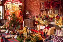 Holiday House Tour 2014 / Homes beautifully decorated for the Holidays.