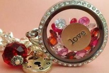 **ORIGAMI OWL ** / COME ON BE CREATIVE ..... DAILY ;)  Follow our blog for daily ideas with the lockets and charms ....  http://creationsbydandm.blogspot.co.uk