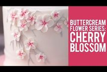 Butter icing flowers