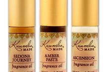Fragrance Oils by Kuumba Made / Wildly popular fragrance oils, in a wide variety of different exquisite scents. Thoughtful formulas and complex blends, adored worldwide. There is definitely something for everyone, and every mood.