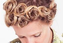 Hair styles / by Chloé Thompson