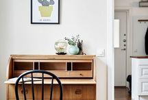 Storage/Shelves/Cabinet
