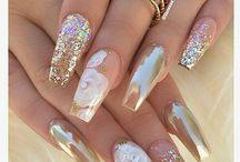 manicure gold