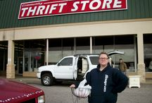 Thrift Shops and JUnking with Style / by Donna Wilkes