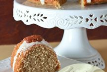 Cakes / by Tzippi Robinson