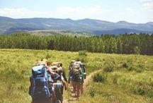 Seyahat İpuçları / Bütçenizi sarsmadan nasıl kolayca tatile çıkabilirsiniz diye hiç düşündünüz mü? Bazen seyahate çıkmak sanıldığı kadar kolay olmayabilir özellikle seyahat öncesi kontrol edilmesi gereken onlarca şey varken. Sorunsuz bir tatil anahtarı ise seyahat önerilerini yerine getirmekten geçer tabi ki. İlk olarak seyahat öncesi yapılması gerekenler önem taşıyor. Ekonomik bir gezi için seyahat planlamanıza yardımcı olacak öneri ve ipuçlarımızı içeren içeriklerimize göz atabilirsiniz.
