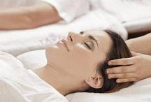 EXOTICKÁ KONOPNÁ MASÁŽ / Orientální olejová masáž celého těla zpomaluje proces stárnutí a působí blahodárně proti různým druhů alergií. Konopný olej má výborné regenerační, zvláčňující a protizánětlivé účinky. Tato procedura Vám zařídí maximální uvolnění a vitalitu ale také zdravou a vláčnou pokožku. Při masáži dochází k maximálnímu uvolnění organismu, odstranění únavy a bolesti. Budete se cítit svěží a plni vitality. Více info: http://www.impresio.eu/zazitek/exoticka-konopna-masaz