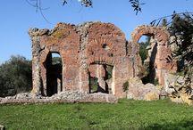 """Massaciuccoli / L'area archeologica """"Massaciuccoli romana"""" si trova sulle sponde del lago di Massaciuccoli, nel comune di Massarosa (Lu). Tel. 0584974550  / 3289065168"""
