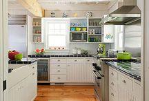 Kitchens / by Lynne Jaynes Tilley