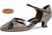 Komfort Tanzschuhe mit Fußbett / Hier finden Sie flache Damen Tanzschuhe in Weite G und Weite H mit Komfort Fußbett.