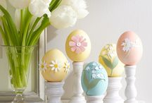 Easter / Simple and elegant ideas for Easter decorations, baskets and tablescapes. Get inspiration for delicious Brunch, Dinners and Desserts. Incorporate vintage finds in your DIY projects.  #Easter Decorations #Basket Ideas #Tablescapes #Centrepieces