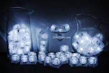 White LiteCubes 3 Mode Light Up Ice Cubes / Only the original LiteCubes brand! Our classic white cubes feature 3 different modes! Fast flash, slow flash, and steady on. Clear shell with white LEDs.