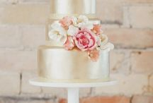 Wedding Cakes collection / Amazing wedding cakes ... Inspirational, trendy and oh so oozing with creativity! / by Juliana Yin