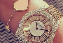 bijuterii și accesorii