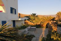 Villa Kiriaki #Andros #Greece #Island / Villa Kiriaki is located on a hill from which you can admire picturesque views 360 ° to the coast. http://www.mygreek-villa.com/fr/rent-villa-search-2/villa-kiriaki-%C3%AEle-d%E2%80%99andros-gr%C3%A8ce