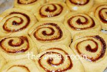 Yummies I want to try! / by Elizabeth Forrest