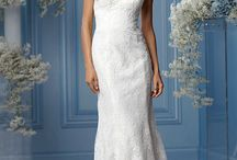 Plus Size // Watters / Our favourite plus size wedding dresses from the wonderful Wtoo Curve collection by Watters, an inspiring collection of romantic bridal gowns featuring flattering silhouettes in sumptuous satins, tulles, organzas and lace.