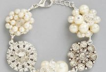 Wedding Day Accessories / by The Budget Savvy Bride
