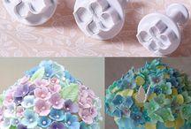 Cake decorating equipment / Cake tools