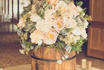 Wedding flowers/decor / by Jessica Jo