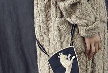 Neulominen / Knitting