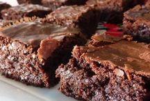 Crockpot Desserts / by Maureen Rayburn - The Tightrope Mom