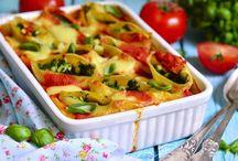 Pasta Recipes / Easy Italian Pasta and Spaghetti Recipes - Find recipes for all your favourite pasta dishes including lasagna, pasta salad, macaroni, cheese and pesto.