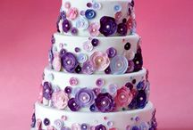 WeddingCake Ideas / by Marissa Thompson