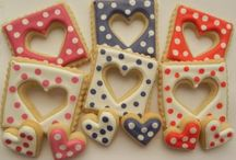 Cookies - Cupcakes - Cakes